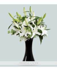 Prenses Çiçeği Beyaz Lilyum Aranjmanı