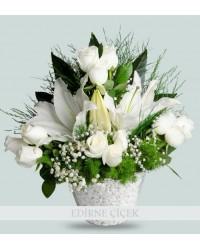 Sade Güzellik Lilyum ve Güller