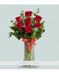 Tutkunun Dansı 7 Kırmızı Güller