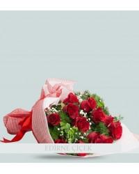 Aşk İçinde 13 Kırmızı Gül Buketi