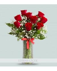 Aşkın Saflığı Kırmızı Güller